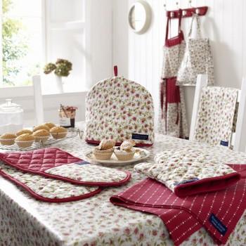 Tablecloth, Glove, Pot holder, Double glove, Kitchen Towel, Apron, Shopping bag.