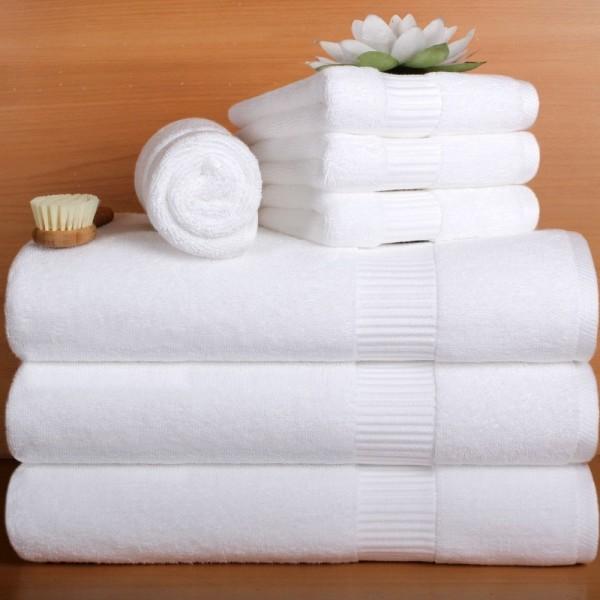Toallas con cenefa jacquard en algodón soft