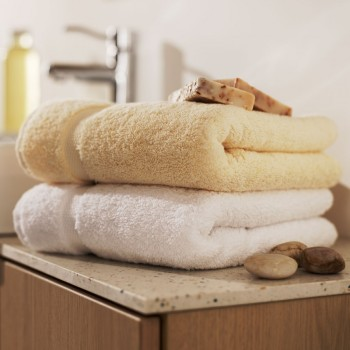 Bath towels in terry soft cotton