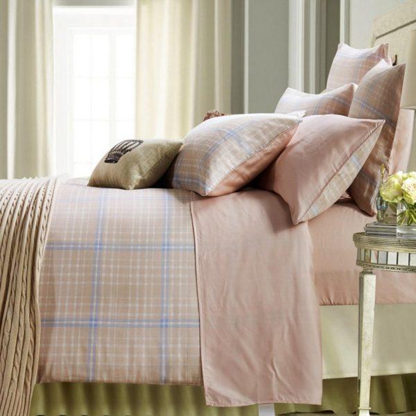 Conjunto de capa de édredon em flanela dupla face combinado com jogo de cama cor lisa, composição 100% Algodão.