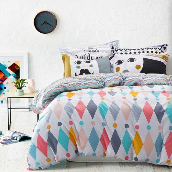 Conjunto de lençóis e capa de édredon em estampados criativos