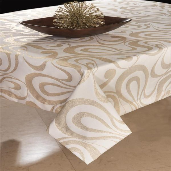 Tablecloth with Gold Lurex