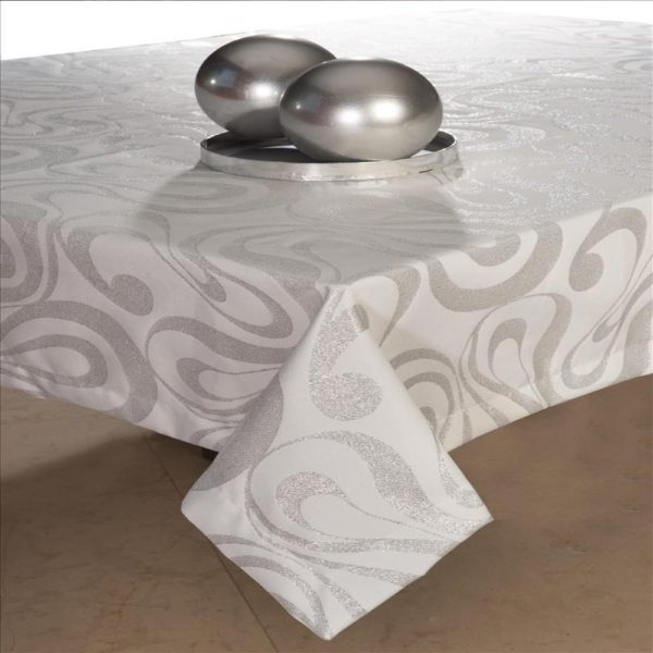 Tablecloth with Silver Lurex