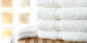 Toalhas-robes-de-banho-e-chinelos-min.jpg